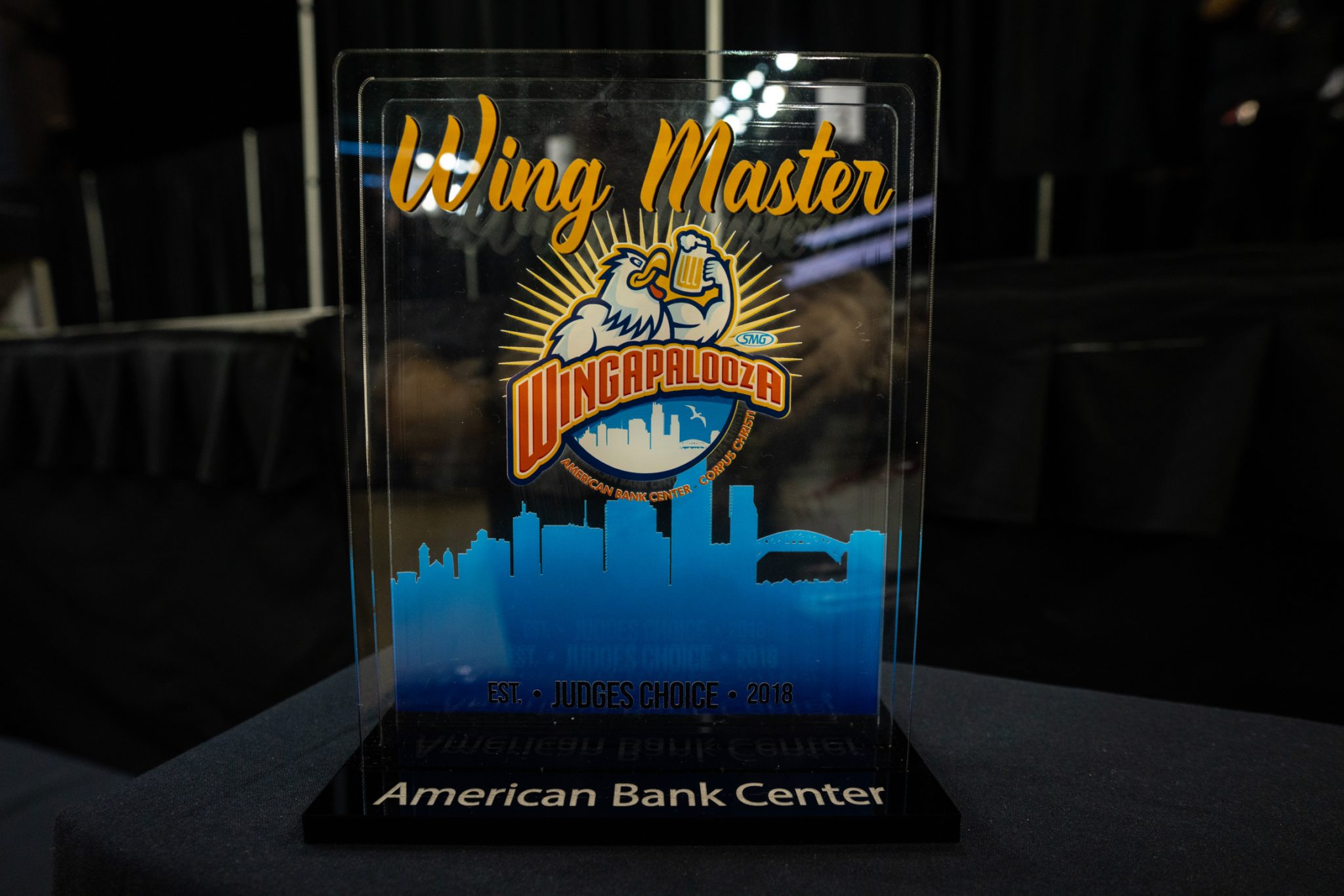 Wing master trophy