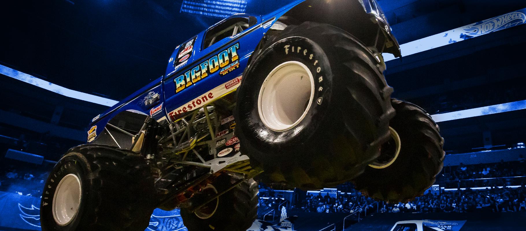 Hot Wheels Monster Trucks Live American Bank Center